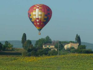 hot-air-ballon-tuscany-3